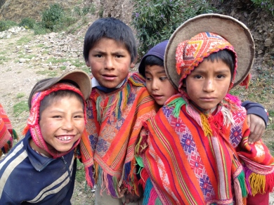 kids in an indigenous village outside of Ollaytaytamba