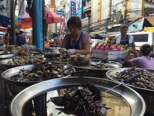 seafood market in Bangkok's Chinatown