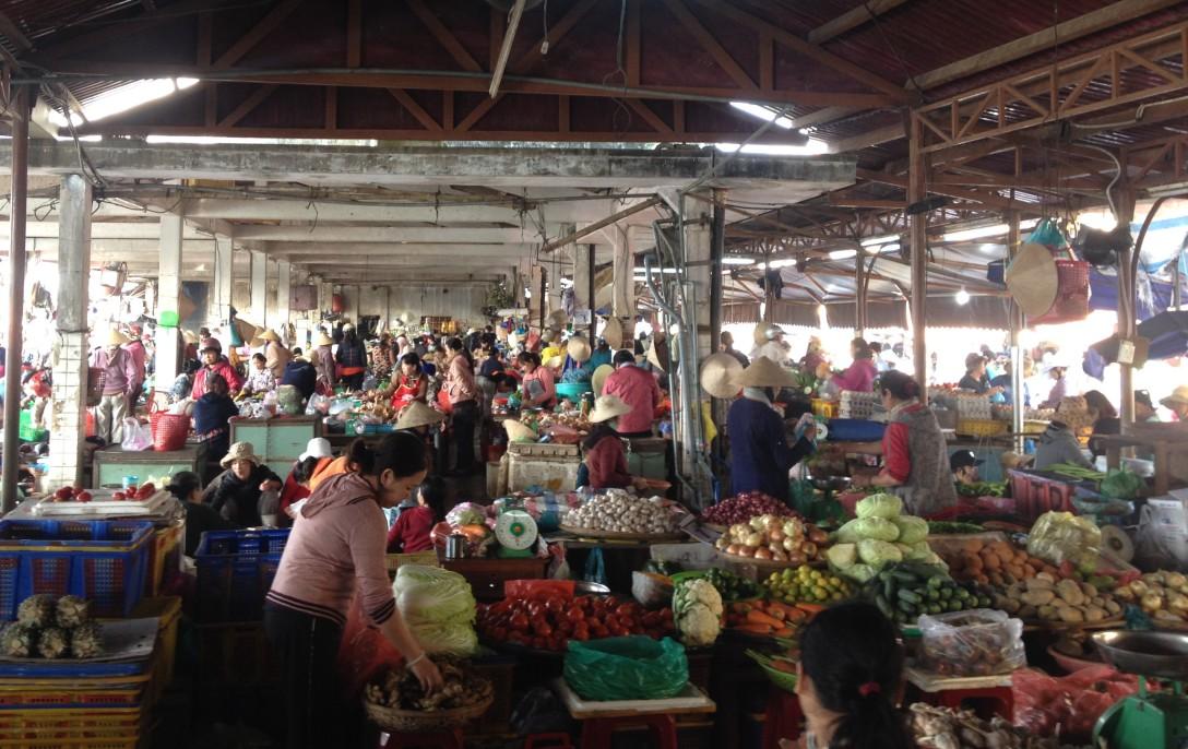 fresh market in Hoi An