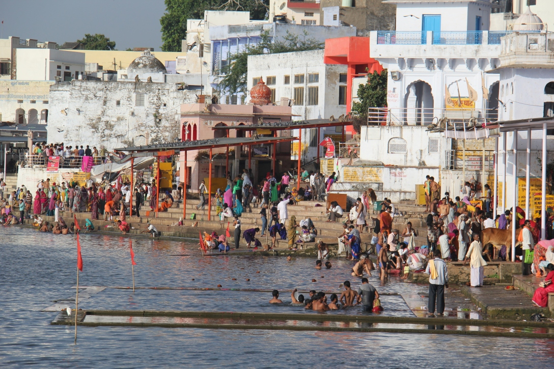 the Ghats at Pushkar Lake